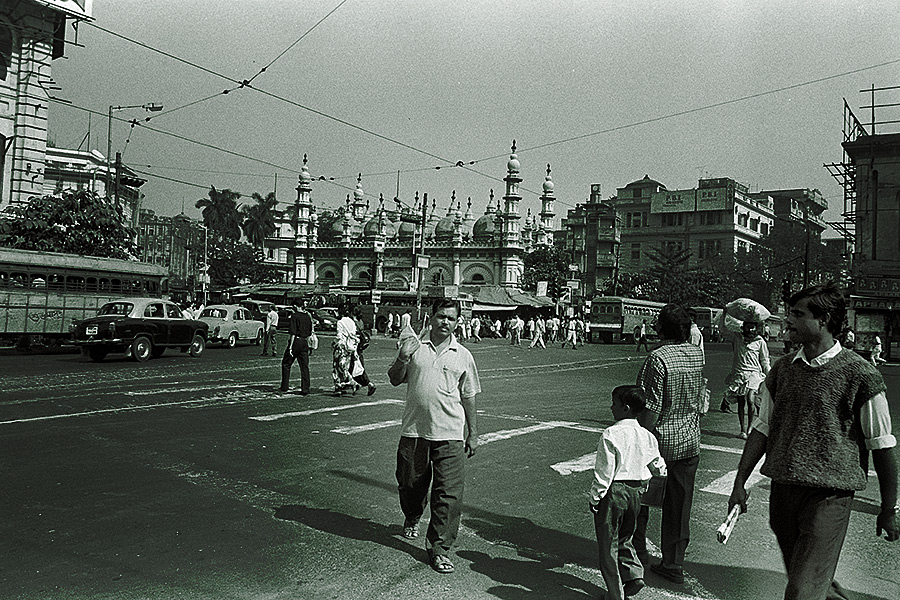 at Calcutta (Kolkata), India on 12/Nov/1999